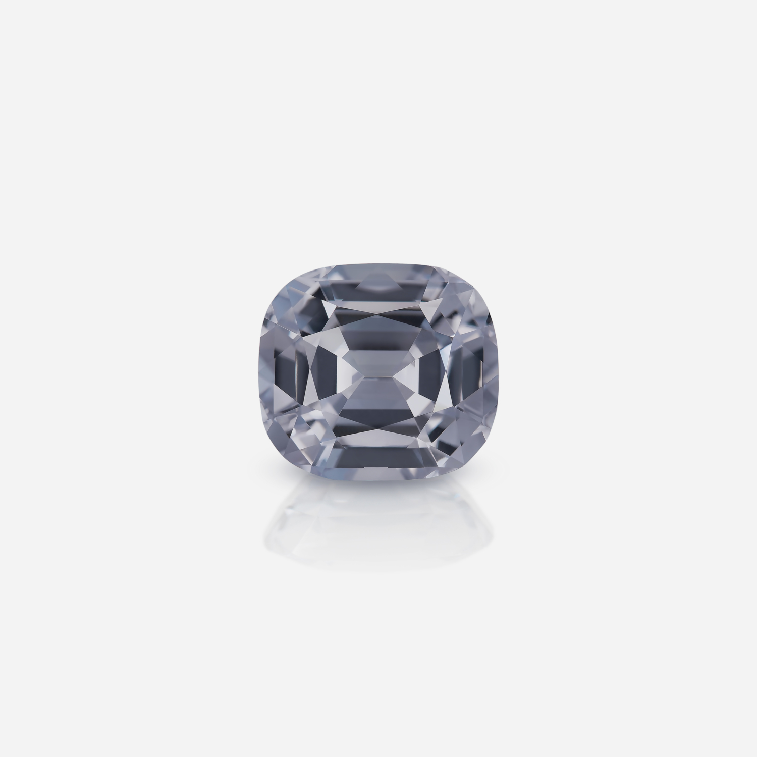 Silver Spinel 10 ct